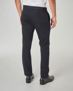 Pantalone blu in tessuto armaturato