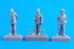Barracuda Crew Members - Standing (3 fig. )