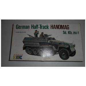 GERMAN HALF - TRACK HANOMAG SD. KFZ. 251/1 ESCI