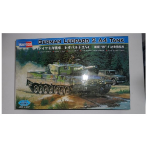GERMAN LEOPARD 2 A4 TANK HOBBY BOSS