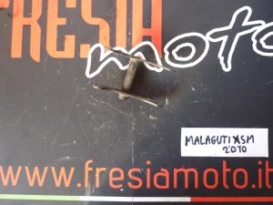 SUPPORTO MOTORE POSTERIORE USATO MALAGUTI XSM 50 ANNO 2010