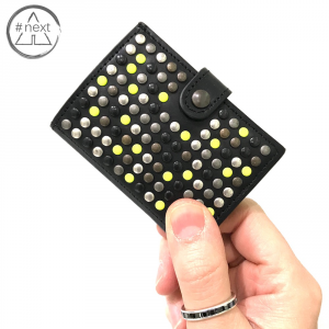 Kjøre Project - Limited Studs Yellow iClutch + Coins - Black