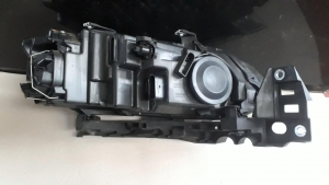 proiettore sx usato Volk. Polo serie dal 2009>