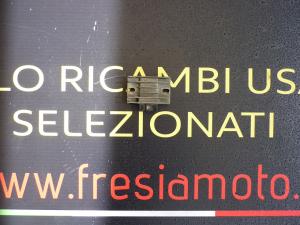 REGOLATORE DI TENSIONE USATO PIAGGIO X9 180 ANNO 2003