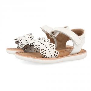 Sandali bianchi con suola bianca e velcro