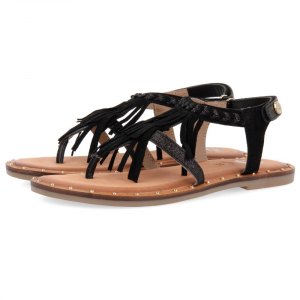 Sandali neri con frange e dettagli argento