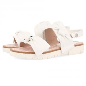 Sandali bianchi con fiocchi e velcro