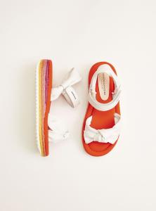 Sandali bianchi con velcro