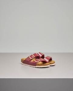 Sandalo Arizona in Birko flor effetto lucido color bordeaux con doppia fascetta