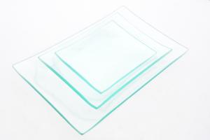 Piatto rettangolare di vetro trasparente idoneo alla decorazione