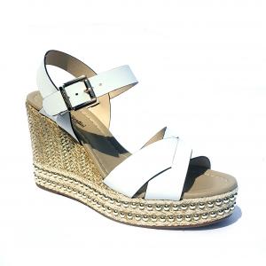 Sandalo incrociato bianco con zeppa Nero Giardini