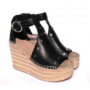 Sandalo nero con zeppa Guess