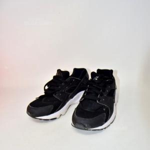 Scarpe Nike Huarache Nere N.37.5