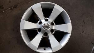 Cerchi in Lega usati originali Nissan Terrano R17