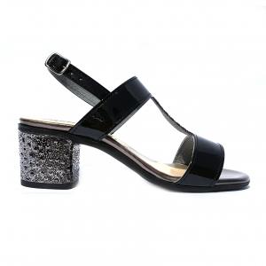 Sandalo nero Melluso