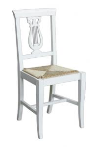 Sedia tradizionale schienale intagliato