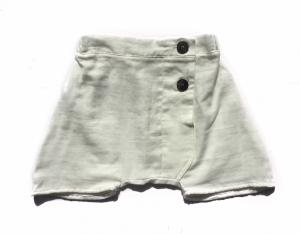 Pantaloncino bianco con cavallo basso