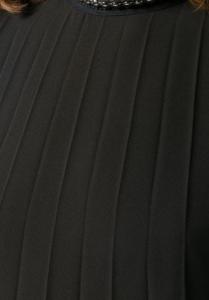 Vestito plissettato corto
