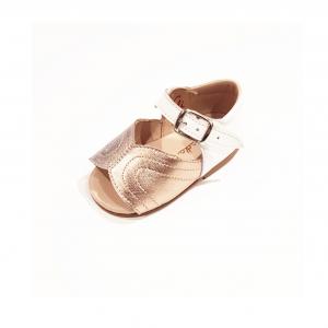 Scarpe a sandalo metallo e bianche con fibbia