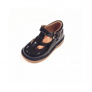 Scarpe a sandalo in pelle nera lucida con fibbia
