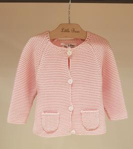Cardigan rosa con tasche
