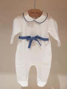 Tutina bianca con dettagli e cinta azzurri