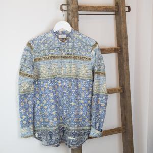Camicia in fantasia, puro cotone sui toni azzurri Tintoria Mattei 954