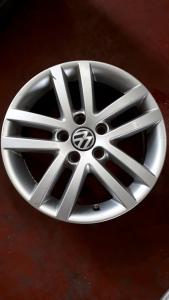 Cerchi in lega usati originali Volkswagen Golf R16