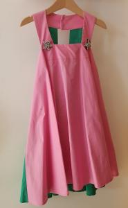 Vestito rosa con retro verde