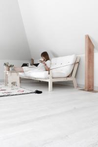 Divano letto in legno Poetry