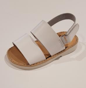 Sandali bianchi con chiusura a strappo