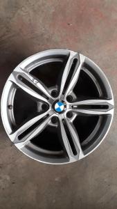 cerchi in lega R17 usati BMW Serie 1 dal 2011>
