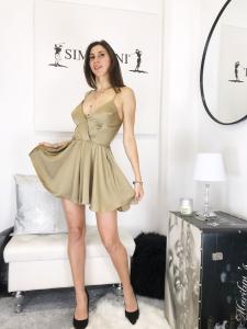 tutina Sofia in tessuto di raso con pantaloncino ampio scollo profondo spallina regolabile made in italy