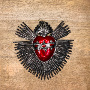 EX VOTO RAY HEART