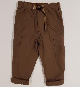 Pantalone marrone con tasconi
