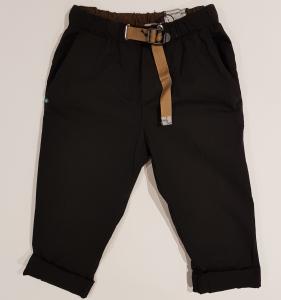 Pantalone nero con vita elasticizzata e cinta