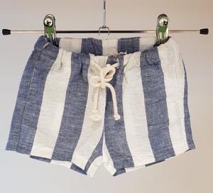 Pantaloncino a righe bianche e azzurre, 8A