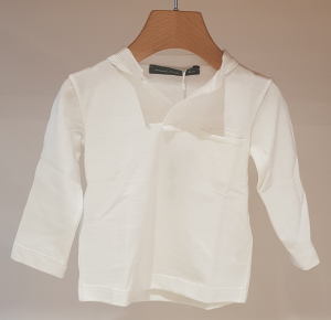 T-Shirt latte con collo a V e taschino