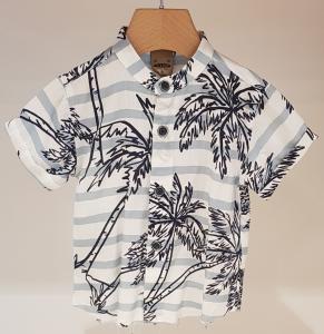 Camicia bianca con righe celesti e stampa palme nere