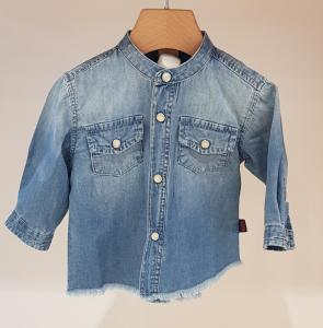Camicia di jeans con colletto coreano e tasche