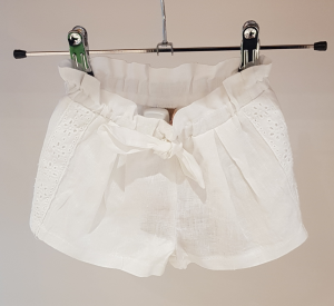 Pantaloncino bianco con fiocco