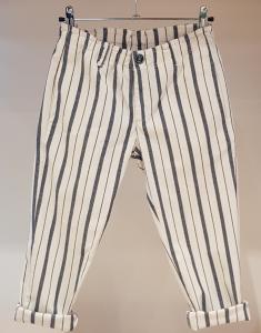 Pantalone latte con righe blu
