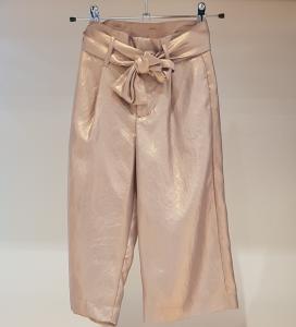 Pantalone beige rosato con cinta