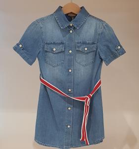 Vestito di jeans con cinta rossa glitter e bianca