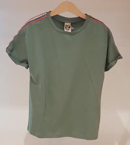 T-Shirt verde con bande multicolore