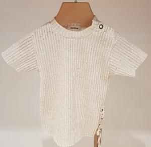 T-Shirt beige con fondo stondato