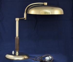 Lampada vintage in ottone