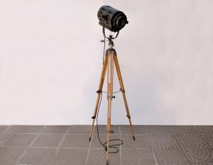 Lampada vintage proiettore teatrale