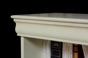Libreria bassa laccata stile Luigi Filippo