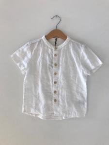 Camicia bianca a maniche corte con colletto coreano